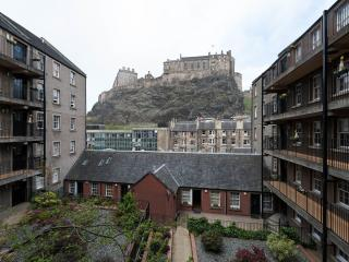 Studio Apartment with Castle View, Edimburgo