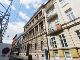 House Octogon, Budapest