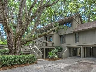 9 Bald Eagle West- 5 minute walk to the beach and Fully Renovated, Hilton Head