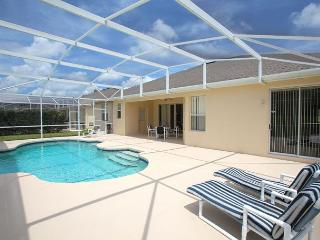 FREE POOL HEAT: 5 Bedroom Home in Golf Course Community
