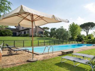 Villa Potentilla - Classic luxury country villa, Bracciano