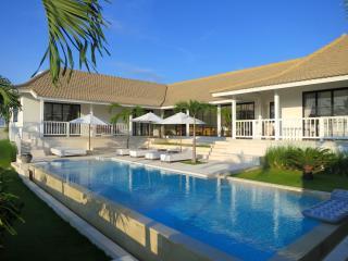 Villa Tavia - Canggu - Bali