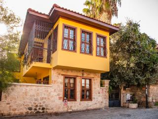 Kaleiçi Villa, perfect for a city trip!