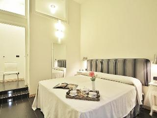 Elegant and Modern Apartment Rentals in Florence, Florencia