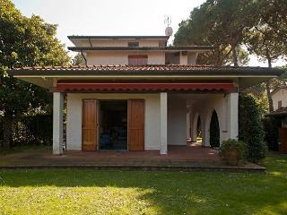 Villa Emilia, Forte Dei Marmi