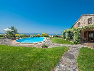 Villa I Grifoni, Grutti