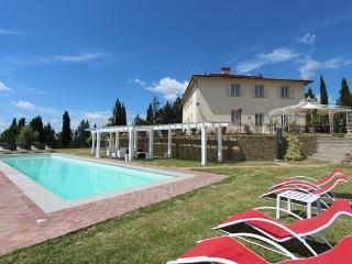 Luxurious Holiday Villa in Florence Countryside, Montespertoli