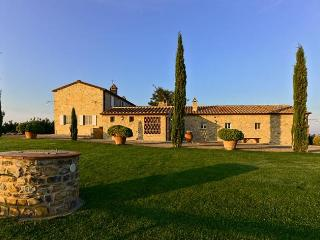 White Retreat 17, Magliano in Toscana