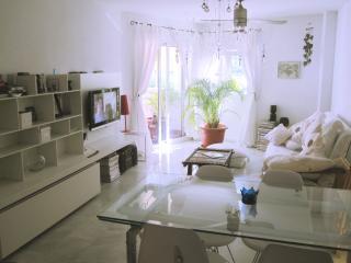 Apartamento en Benalmadena Costa, Benalmádena