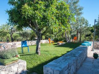 Trullo Antique - set in the Mediterranean maquis, Castellana Grotte