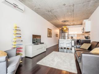 Montreal loft for rent at VivaLofts - 933