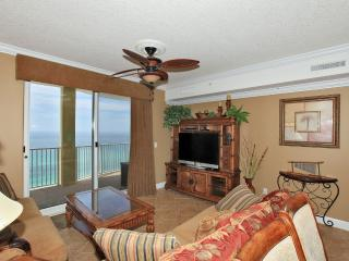 Living Area w/ Gulf View
