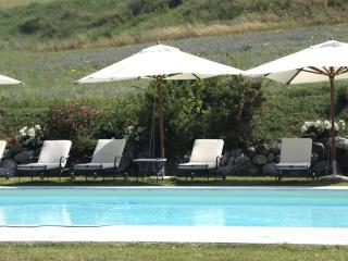 Villa in the Wonderful Val d'Orcia, near Siena, Montalcino