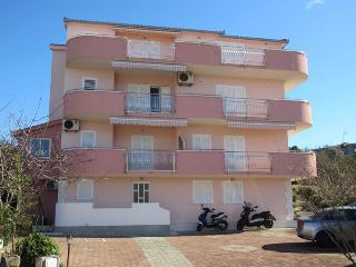 Chic apartment  11272, Okrug Gornji