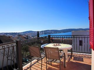 Lovely apartment  with stunning views 11526, Okrug Gornji