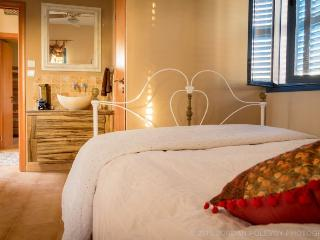 Villa Tiferet:  Luxurious, kosher holiday home, Safed