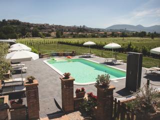 Appartamento SALVIA in residence con piscina, parco e parcheggio