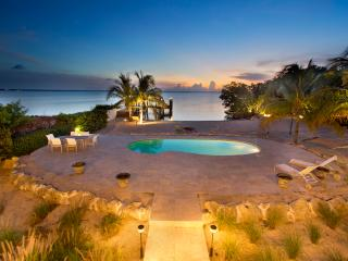 Sunsets, Sandy Beach, Pool & Dock - Just Perfect !, Key Largo