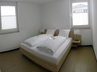 Vacation Apartment in Neuenburg am Rhein - 592 sqft, 1 bedroom, 1 living / bedroom, max. 4 People (#…