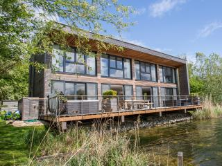 Coln Lodge, Lakes by Yoo, Cotswolds, Lechlade