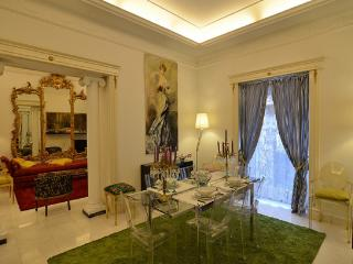 Tiberius Luxury Apartment