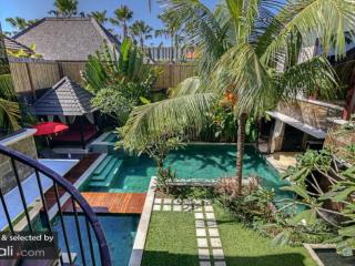 Best Seller 4bdrs In Seminyak - Villa Sundari