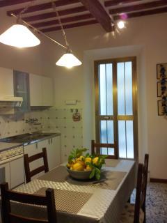 Cucina abitabile, angolo cottura