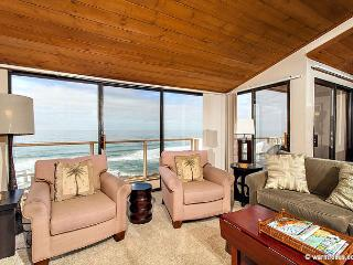 Amazing Views, Ocean Front Top Floor Condo in the Seascape Sur Complex