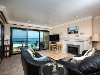 2 Bedroom, 2 Bathroom Vacation Rental in Solana Beach - (SUR57)
