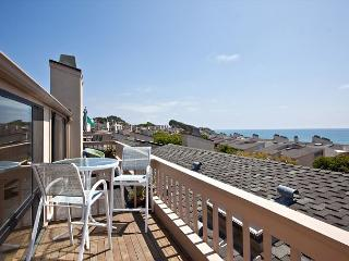Just Beachy! 2 BR/2.5BA Oceanview Condo - Seascape Sur #143
