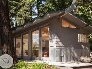 Catch Every Sunset at this NEW Cabin on Flathead Lake!, Lakeside