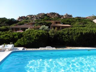 Villa Olivastro with swimming pool, Costa Paradiso
