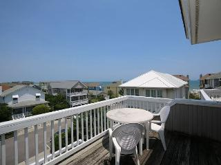 Sims -  Ideal relaxing ocean view townhouse close the ocean and sandy beach, Wrightsville Beach