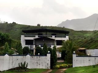 KarjatVilla - Farmhouse on Rent Near Mumbai