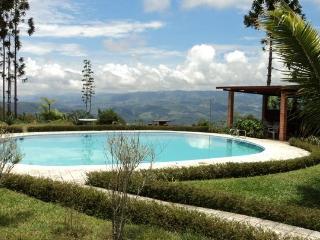 Casa Grande en las montañas de TURRIALBA, Turrialba