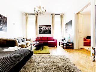 130m2 3bedroom apartment with A/C and WI-FI CITY36, Budapest