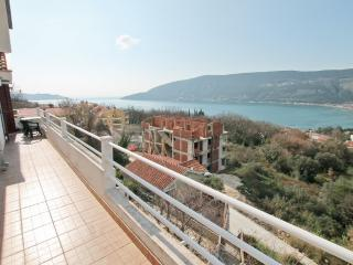 Apartment with magnificent sea view, Herceg-Novi