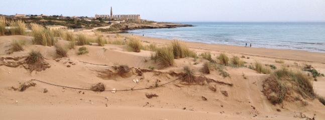 of sampieri beach