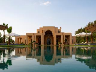 Luxurious home at the feet of Atlas Mountains, Marrakesch