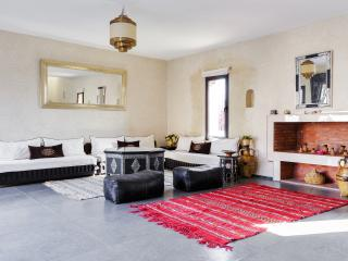 Large family villa in the countryside, Marrakech