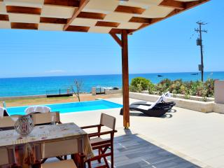 Mary Beach Ena waterfront villa next to tavern, Frangokastello