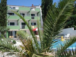 Vila Smirna / Apartment 2 (6+1), Sveti Filip i Jakov