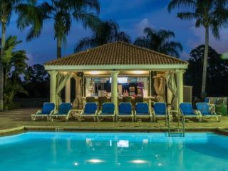 EMERALD ISLAND  7 BED VILLA SLEEPS 16  in great location for theme parks .50036