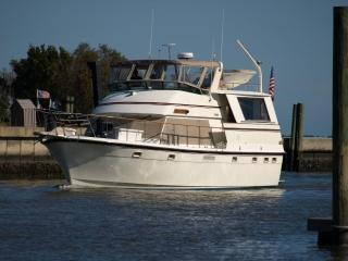Luxury Yacht docked on Manteo Waterfront