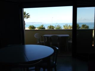 erice beach, Casa Santa