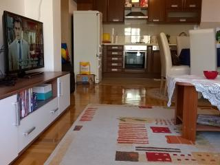 New apartment in the center of Makarska