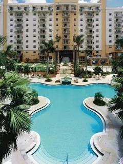WYNDHAM PALM AIRE, 2 Bedroom/2Bathroom , sleeps 8