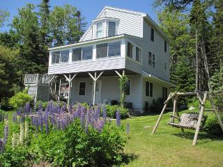 CLEARVIEW | EAST BOOTHBAY, MAINE | OCEAN POINT | FAMILY VACATION | PET FRIENDLY