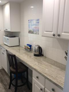 Efficiency fully equipped kitchen