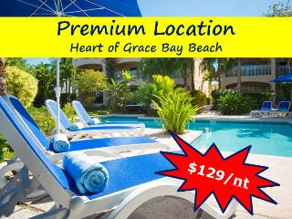 ***Luxury 1 BR Grace Bay Beach Condo***, Providenciales